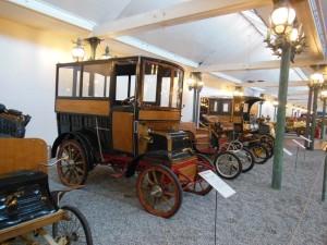 これらの自動車は1900年前後のもの