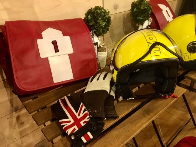 motorimoda_ladys_ridingwear_helmets